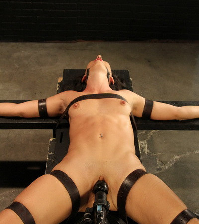 PerfectSlave - Strapped Tight and Grinding Hard - Wenona