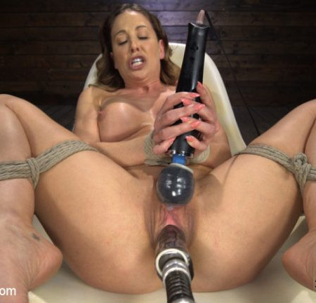 FuckingMachines - May 8, 2019 - Cherie DeVille